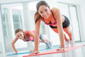 バストアップに効果的!効率よく大胸筋を鍛えよう!